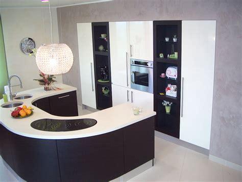 casa cucine cesaretti arreda srl mobili e complementi d arredo per