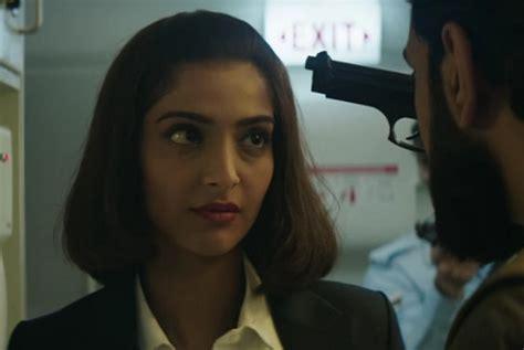 film kisah nyata biografi neerja kisah nyata keberanian pramugari india republika