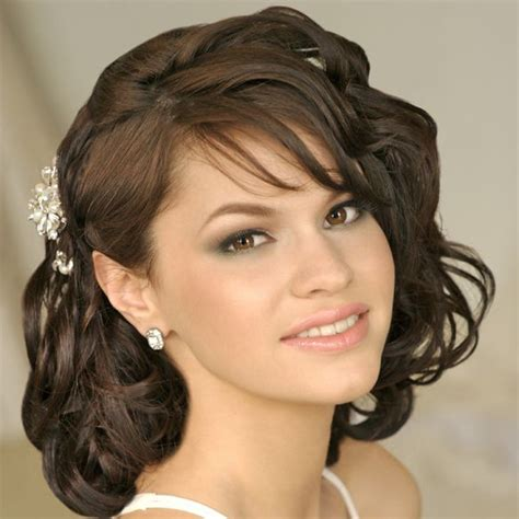 medium hairstyles for moms 17 best images about mother of bride hairstyes on