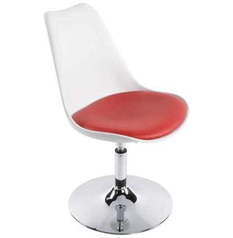 chaise pivotant chaise moderne pivotante r 233 glable blanche et