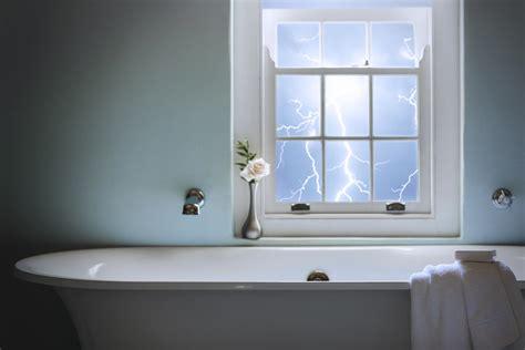 dangerous  bathe   thunderstorm howstuffworks