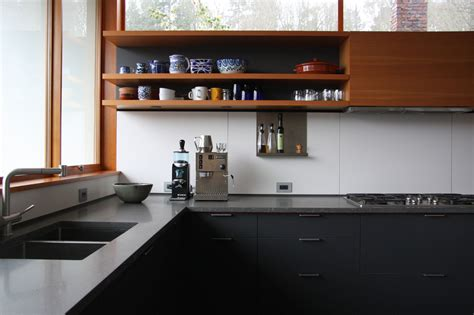 Remodeling 101: Soapstone Countertops   Remodelista