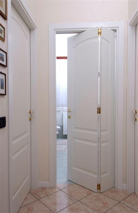 porte in legno per interni vendita porte in legno a brescia dall
