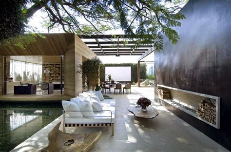 amazing outdoor living spaces this outdoor living space is amazing awesome