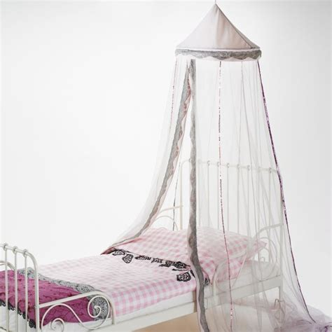 ikea canap駸 lits create a bedroom fit for a princess with the tissla canopy