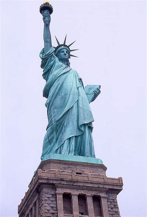 imagenes de esculturas famosas egipcias las estatuas m 225 s famosas del mundo libertad digital