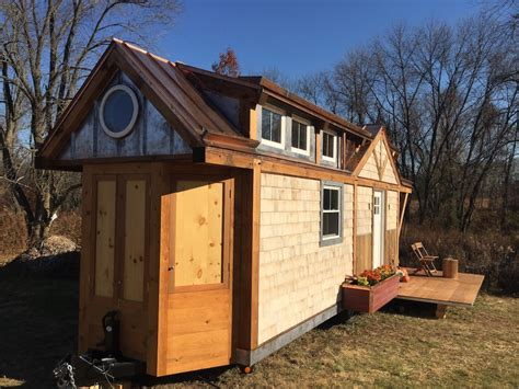 tiny homes nj creekside cottage tiny house swoon