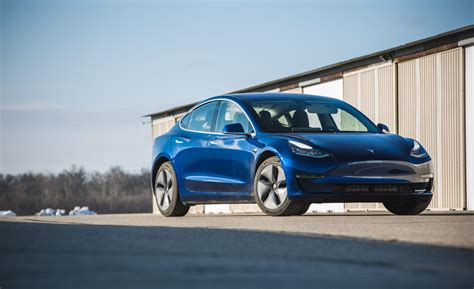 tesla model 3 zhihu is tesla struggling with low model 3 take rates news car and driver