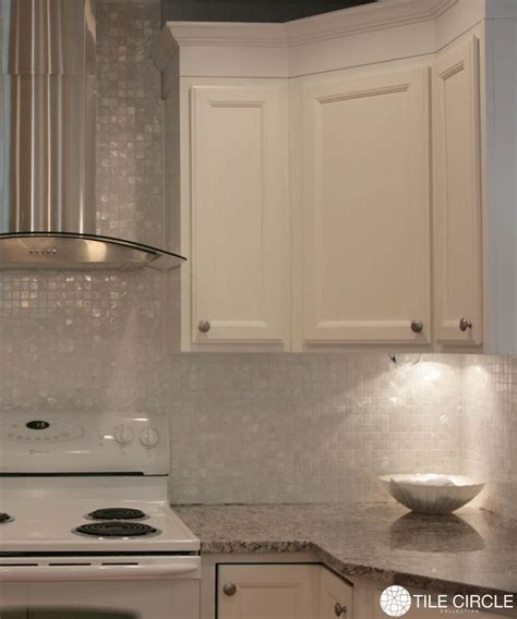 of pearl backsplash tile ideas