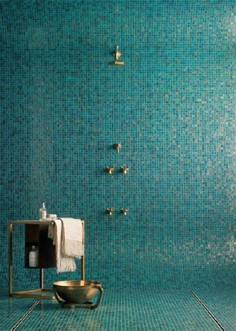Blue Tiled Bathroom Pictures by 41 Aqua Blue Bathroom Tile Ideas And Pictures