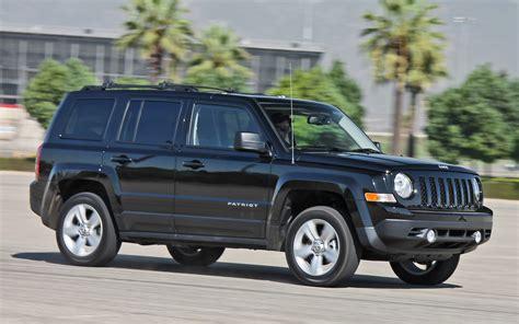 offroad jeep patriot 2013 jeep patriot latitude 4x4 rear interior cargo space