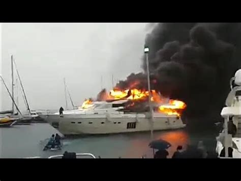 yacht fire fire destroyed 163 4m luxury yacht 16 jan 2016 youtube