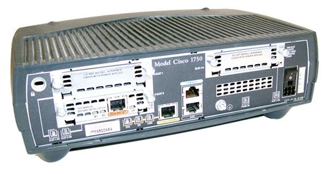Cisco Router 1700 Series Cisco 1700 Series 1750 Ios C1700 Sy M Ver 12 1 2 T Wired Router No Ac Adapter Ebay