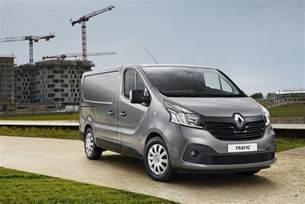 Renault Ebay Renault Trafic New Shape 2015 Textile Carpet Mats