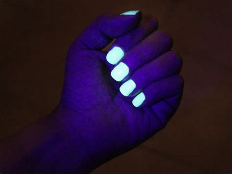 Glow In The Nagellak by 3 Ways To Activate Glow In The Nail Wikihow