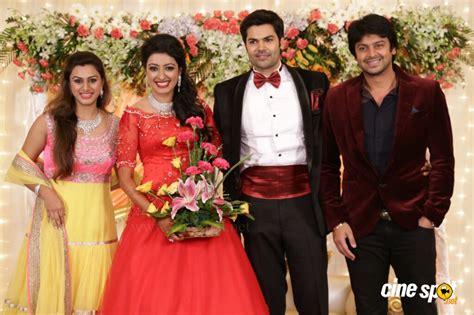 actor ganesh venkatraman family photos ganesh venkatraman wedding reception photos 35