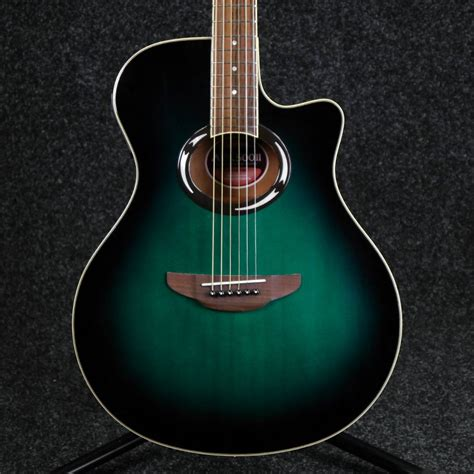 yamaha apx acoustic guitar green  hand rich