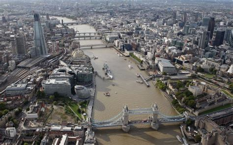 thames river investment european investment bank to back thames tideway tunnel