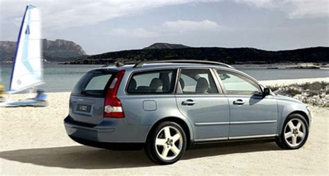 small engine maintenance and repair 2007 volvo v50 engine control volvo v50 model year 2005