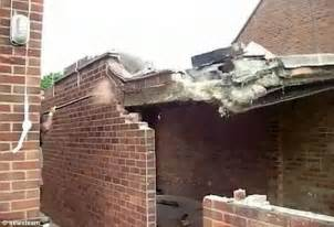 How Much To Build Extension Garage by Dramatic Moment Garage Falls Onto Builder After He Knocks