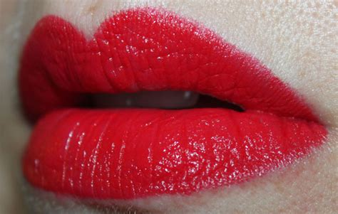 N Megalast Lip Color Velvet n megalast lipcolor swatches photos review vy varnish