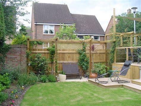 arredare giardini piccoli realizzazione piccoli giardini crea giardino come