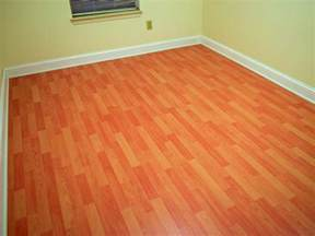 Laying Laminate Wood Flooring How To Install A Laminate Floor How Tos Diy