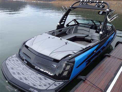 bundoora boat upholstery liquid marine boat bimini top melbourne australia