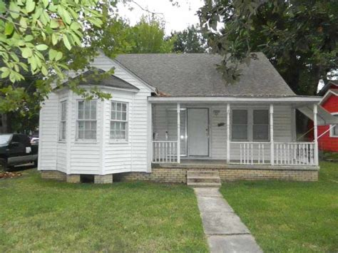 706 oakdale ave longview tx 75602 home for sale and