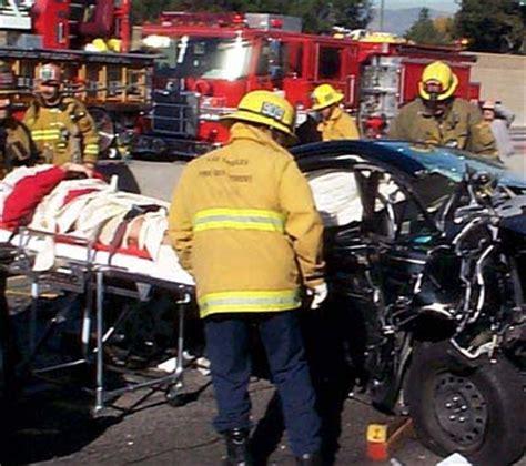 Brandys Car Crash Getting Confusing by Car Car 2006