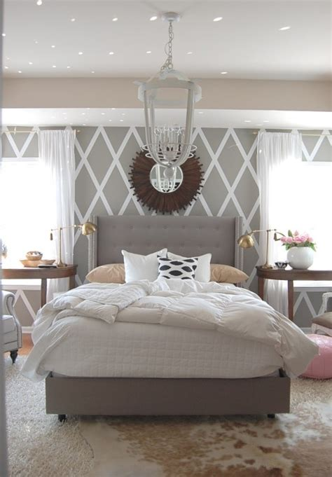Bedroom Accent Wall Grey Obsessed With This Bedroom Grey White With Gold Accents