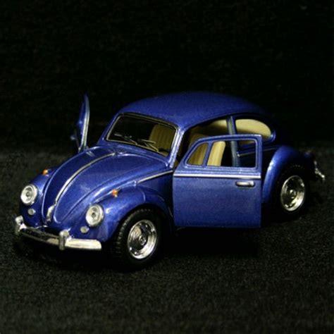 Kinsmart 1967 Volkswagen Classical Beetle Blue 1 kinsmart 1 32 volkswagen vw 1967 classic beetle blue carminiatures