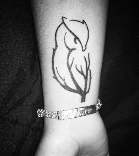 owl wrist tattoo designs 25 best ideas about owl wrist on owl