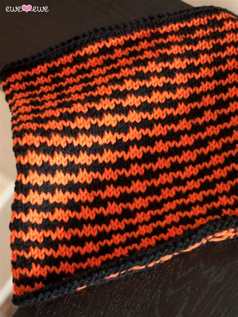 how to knit houndstooth houndstooth free cowl knitting pattern ewe