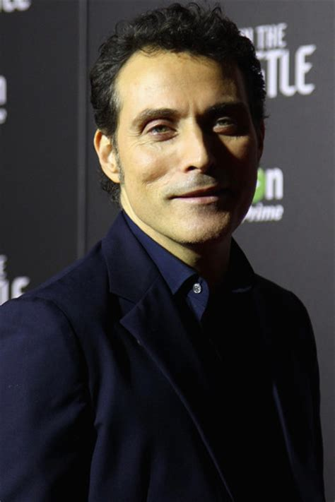 rufus sewell series rufus sewell in the man in the high castle new york