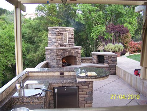 3 types of outdoor kitchens custom image hardscape outdoor kitchen gallery berkeley
