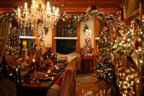 luxury homes decorated for christmas christmas decorating janice ferguson sews