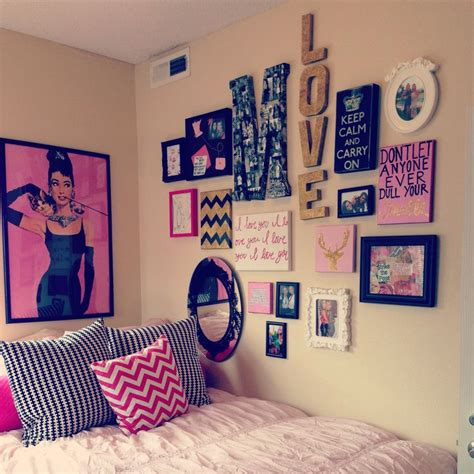 photo collage for bedroom wall 15 cute decor ideas to jazz up your dull bedroom collage