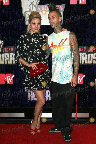 Shanna Moakler Travis Barker 2007 Mtv Awards by Travis Barker Pictures And Photos