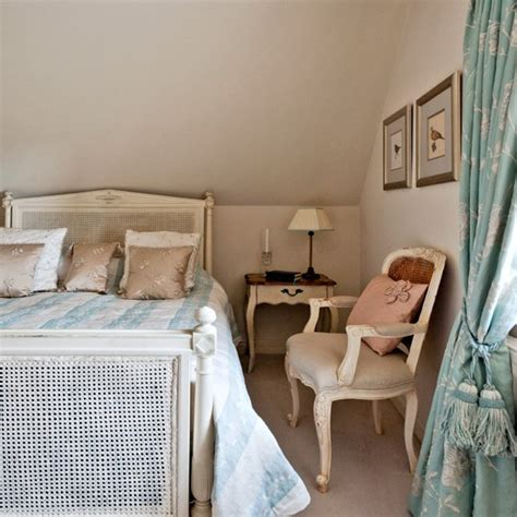 blue and cream bedroom decorating ideas blue and cream bedroom bedroom furniture decorating ideas