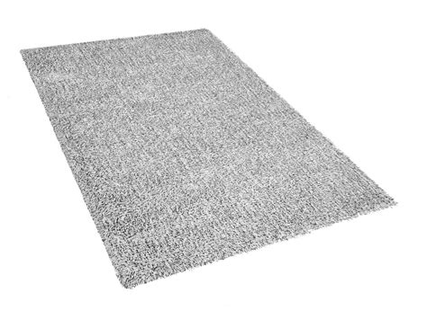 tappeto shaggy bianco tappeto shaggy bianco nero 140 x 200 cm demre beliani it