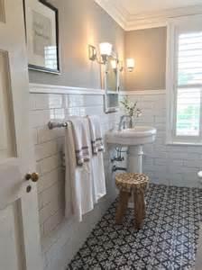 Vintage bathroom decorating ideas