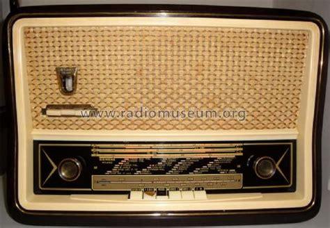 Four Siemens 758 by Sm758 Radio Siemens Italia Build 1957 12 Pictures