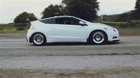 modified honda crz modified 2011 honda crz the cleanest looking hybrid you ll