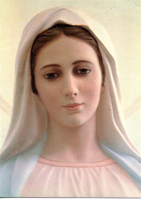 imagen de virgen maria reina maria reina de la paz medjugorje maria santisima
