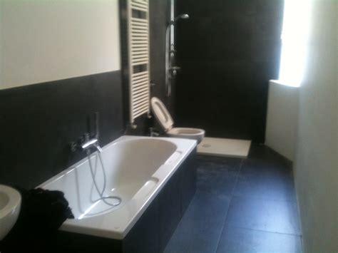 bagni con vasca e doccia foto bagno completo con vasca e doccia di ms impresa srl