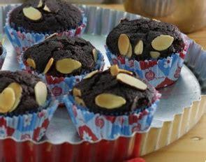 membuat usaha kue brownies resep kue brownies almond cup super legit dilengkapi