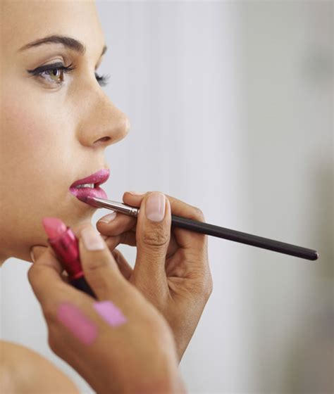 Makeup Artist 15 pro makeup artist tricks you need to high