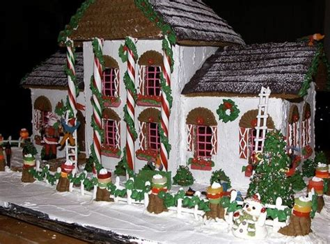 Creative Gingerbread House Yummy Pinterest