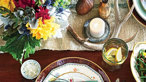 rustic thanksgiving table settings warm rustic thanksgiving table setting southern living